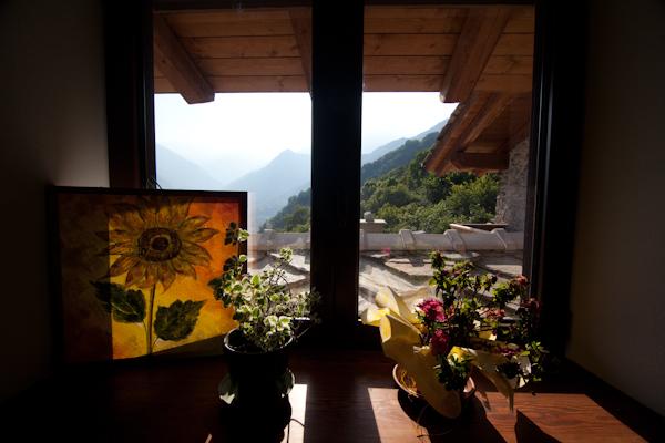 Camera con vista sulle montagne della Val Pellice